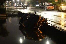 Auto raakt van de weg in Landsmeer