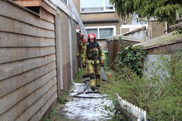 Twee gewonden bij brand in schuur in Ilpendam